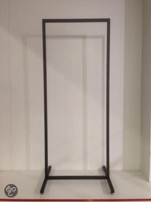 Hoog model zwart Italiaans design kledingrek 60 cm