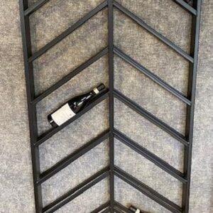 Wijnrek zwart metaal schuin 16